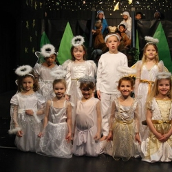 """Year 1 and 2 Nativity Play 173 • <a style=""""font-size:0.8em;"""" href=""""http://www.flickr.com/photos/153285254@N08/44397872080/"""" target=""""_blank"""">View on Flickr</a>"""