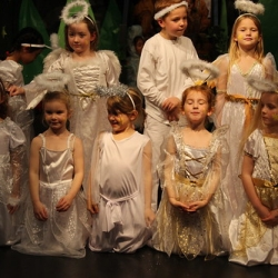 """Year 1 and 2 Nativity Play 170 • <a style=""""font-size:0.8em;"""" href=""""http://www.flickr.com/photos/153285254@N08/32342828778/"""" target=""""_blank"""">View on Flickr</a>"""