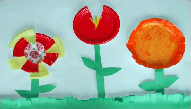 copthorne-prep-school-nursery-paper-plate-flower-collages