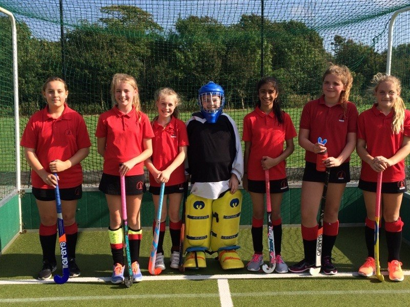 copthorne-prep-school-2nd-vii-girls-hockey-v-lancing